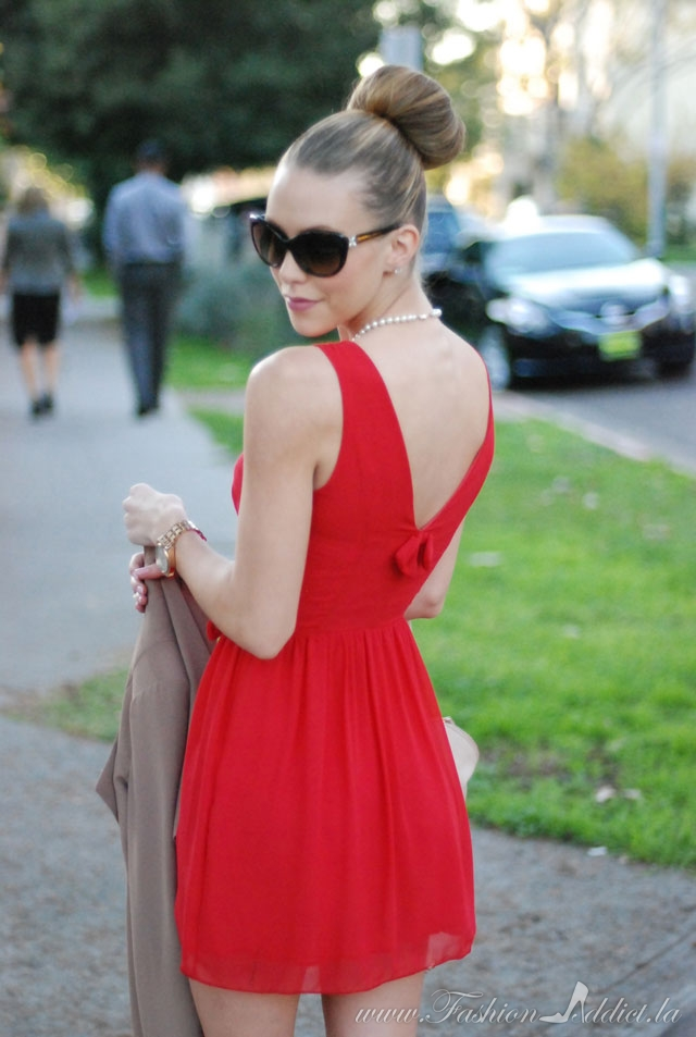 bow red dress