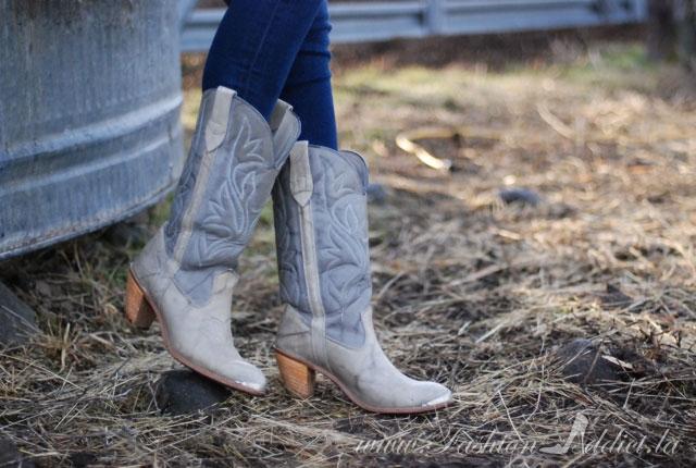 Vintage capezio Cowboy boots