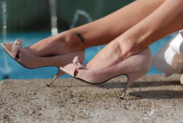 Pink Steve Madden Bow peep toe pumps