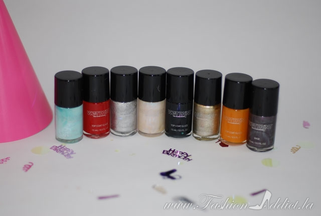 Wet paint nail polish