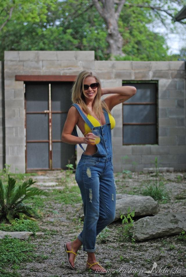 Jessica Simpson Sandals + Overalls