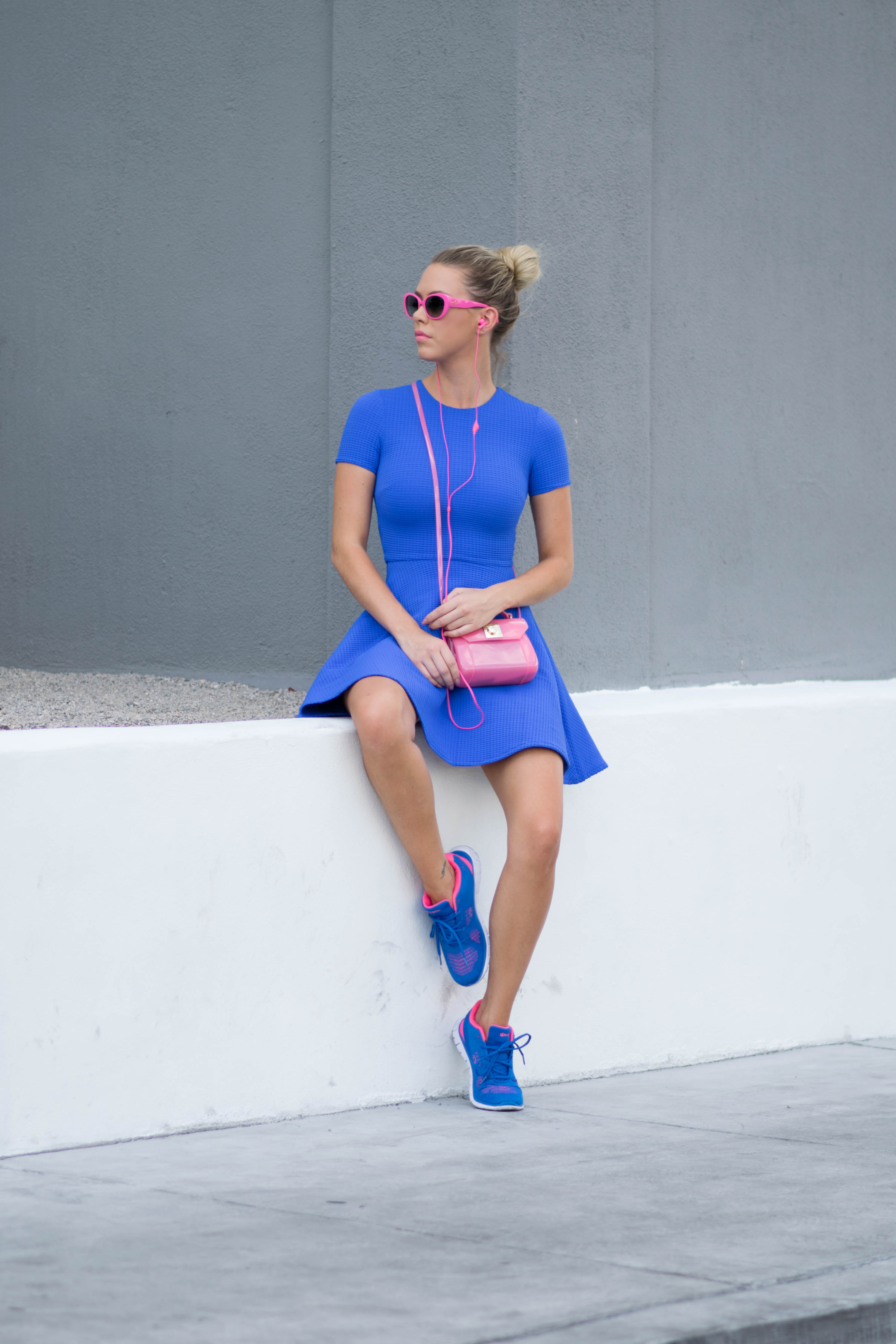 blue-pink-outfit