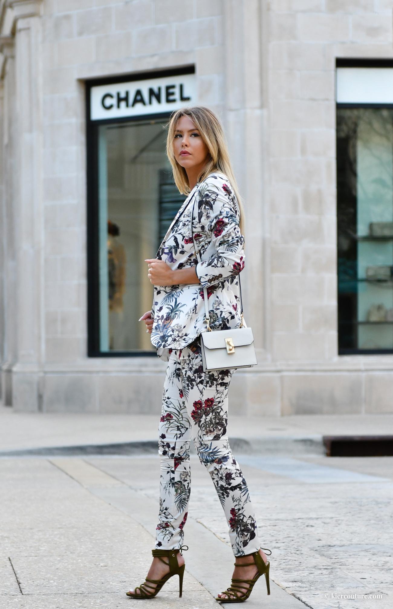 floral pants suit