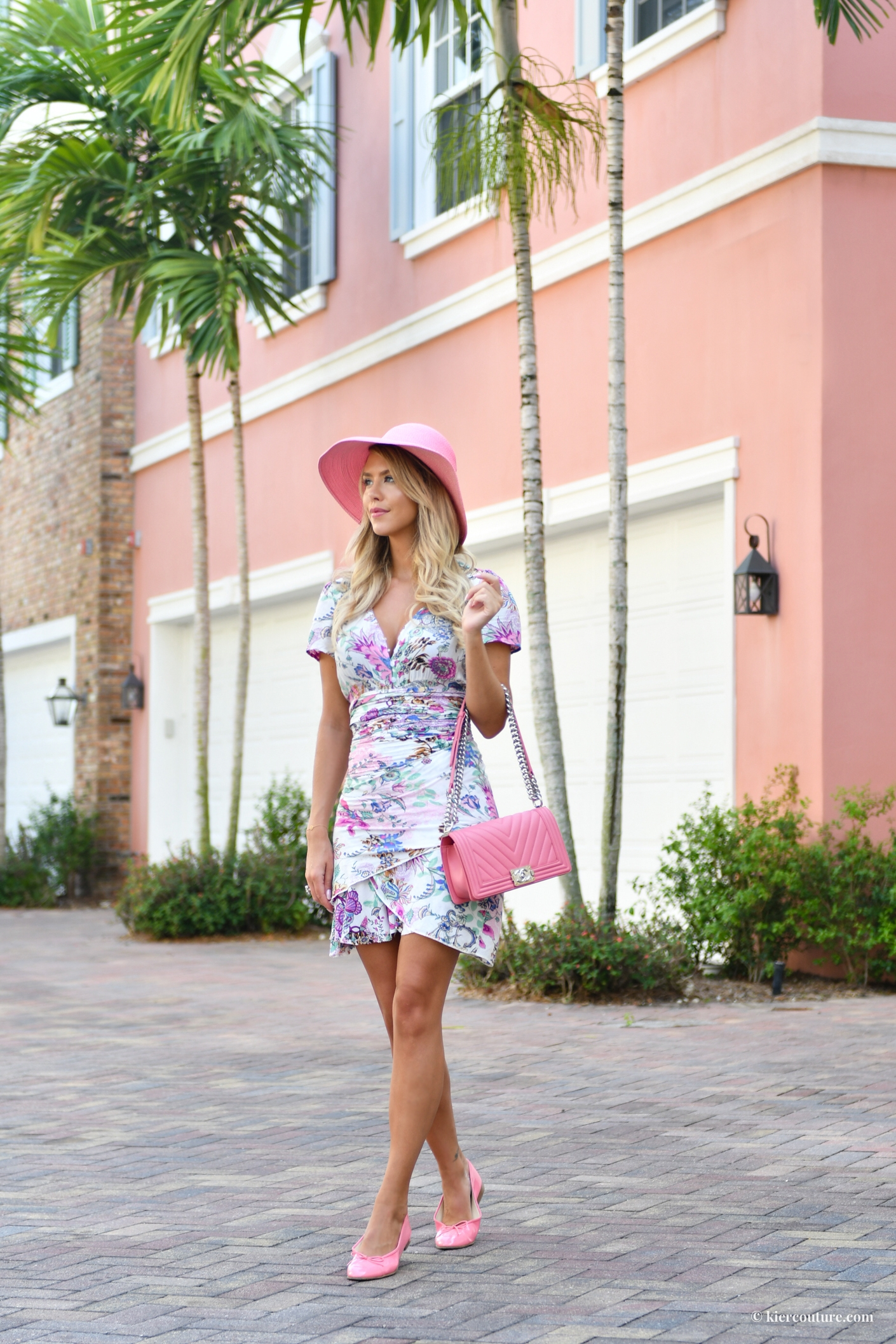Pink chanel outfit style