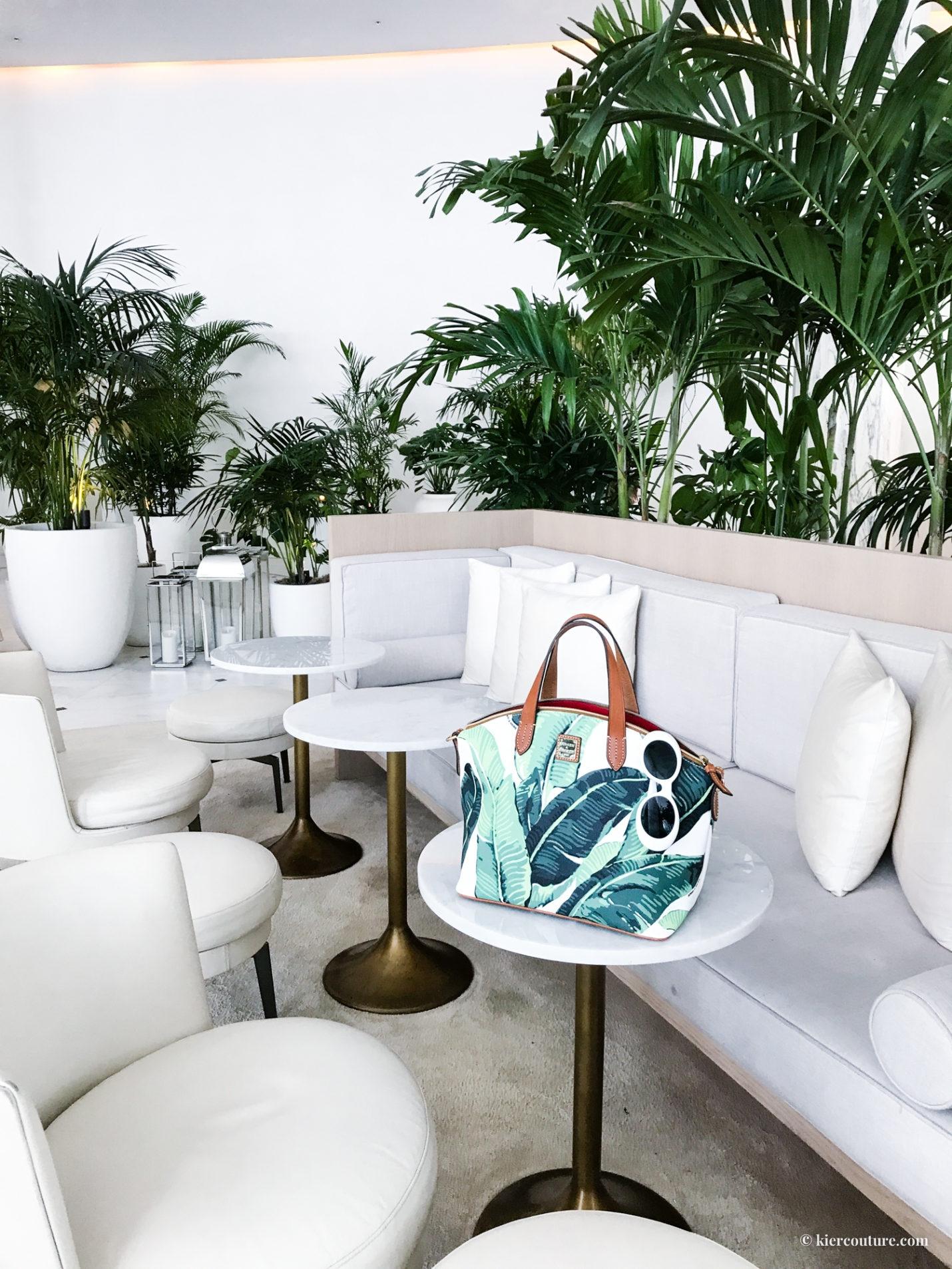dooney and bourke palm print bag