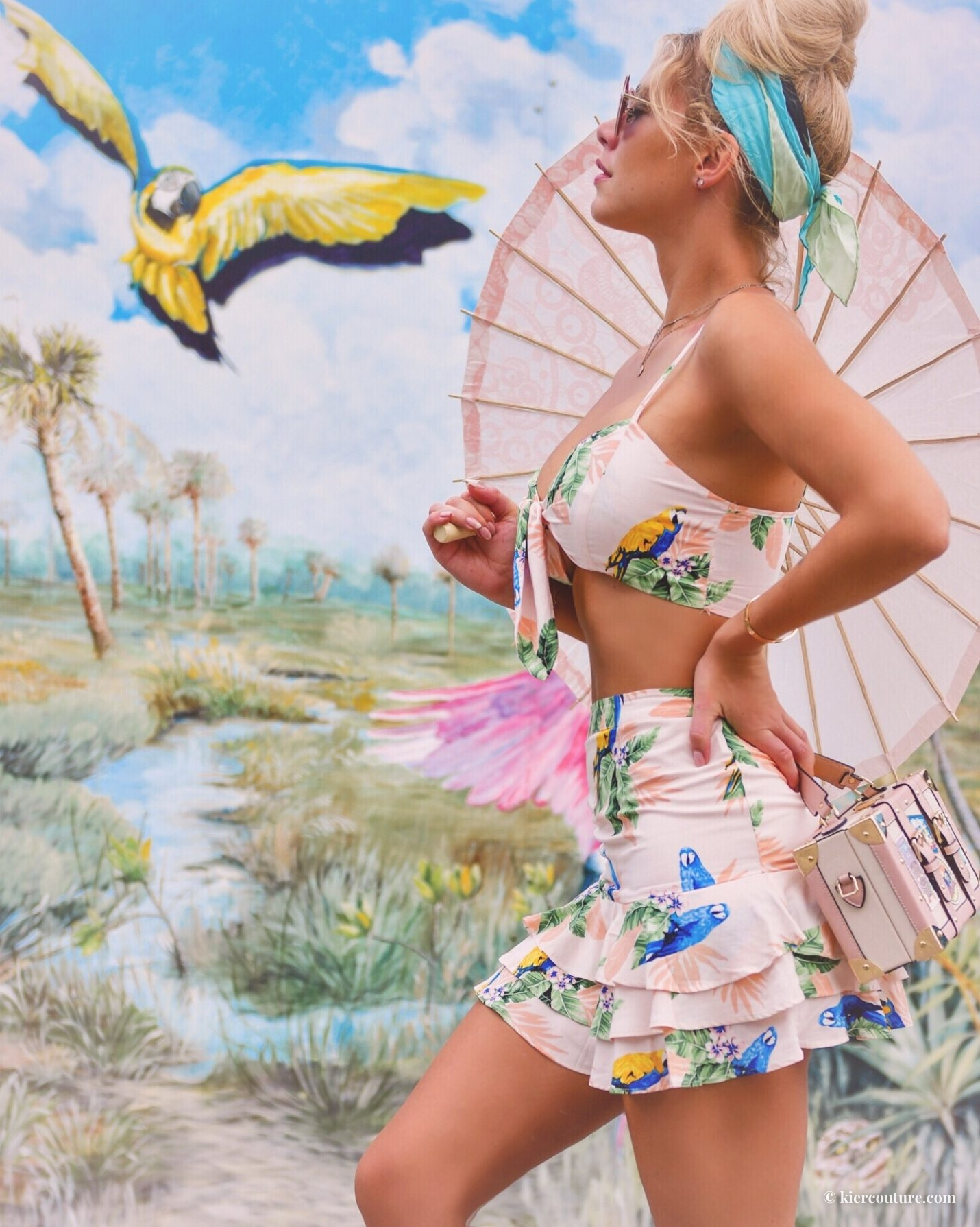 Forever 21 parrot two-piece set