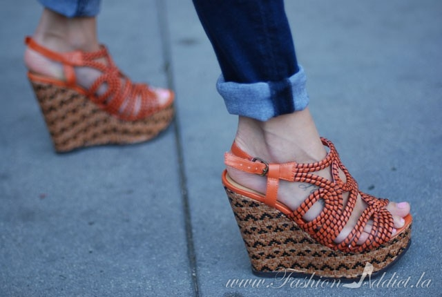 orange target Global wedges